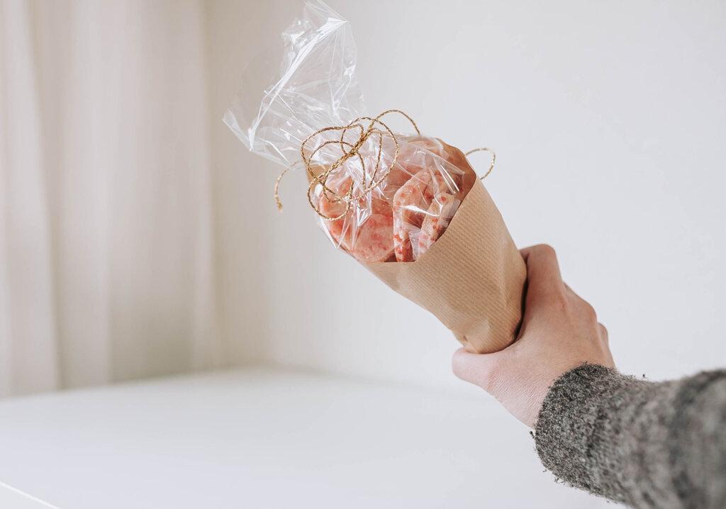 koekjes zelf bakken inpakken diy valentijn cadeau