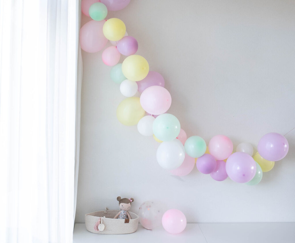 ballonslinger zelf maken DIY verjaardag ballon ballonboog