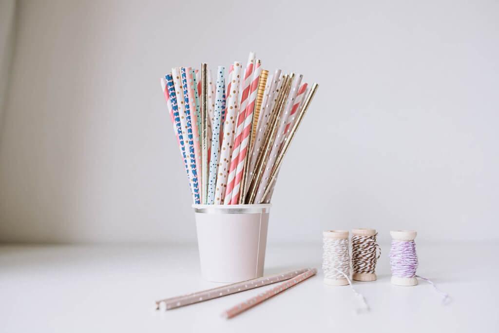 ketting knutselen voor moederdag simpel rietjes papier duurzaam kleuter peuter